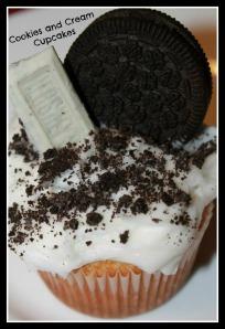 Cookies and Cream Oreo cupcake